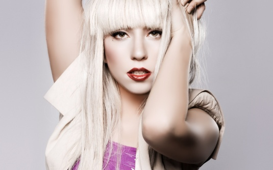 Lady Gaga to Perform at 2013 MTV Music Video Awards!
